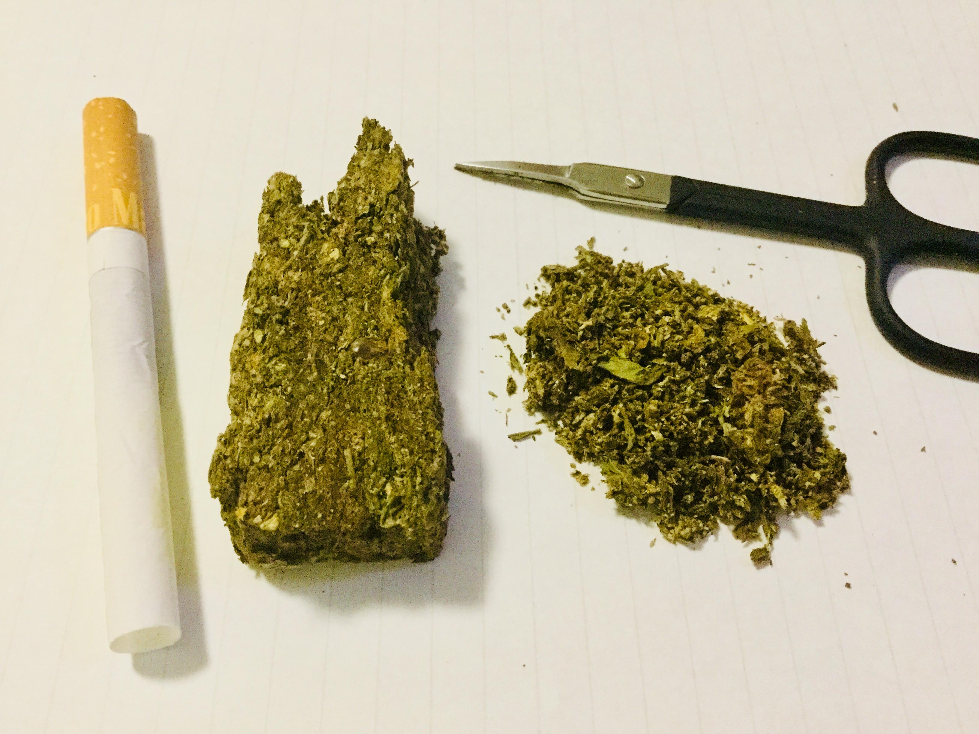 日本人が海外で大麻を使用すると逮捕される!?大麻取締法の国外犯規定についてサクッと説明しました。